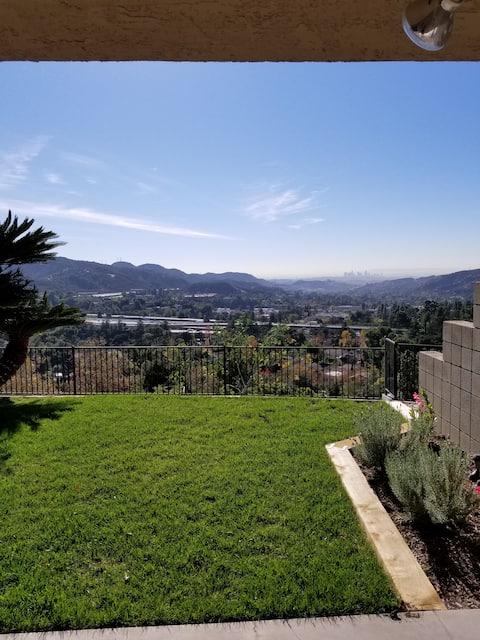 La Cañada studio with private patio and view