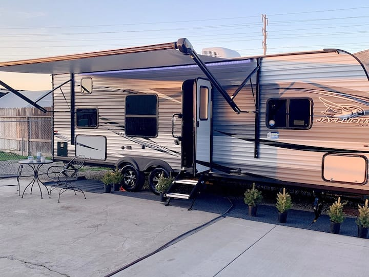Manteca Near Hospitals Stylish RV Clean Private