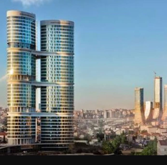 Actual photo. Amazing construction