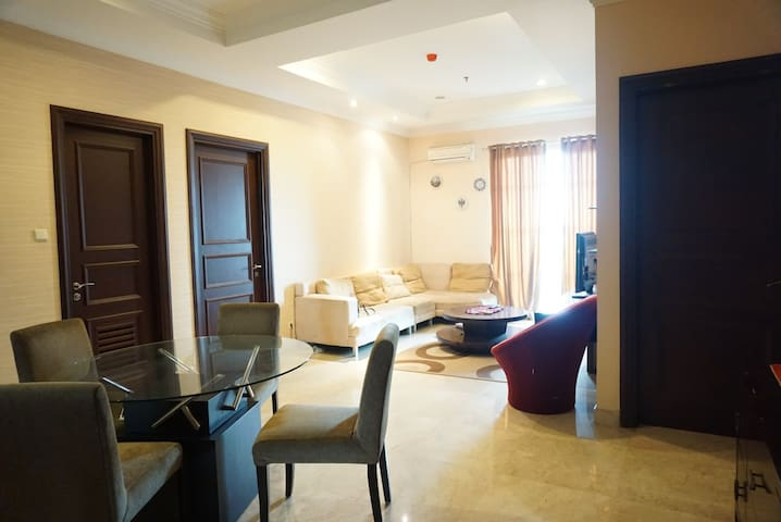 Comfy and luxury Apartment at South Jakarta