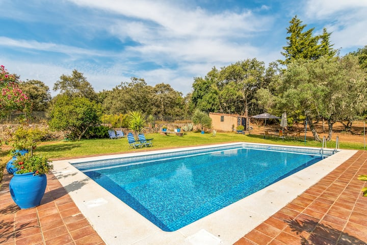 Villa with 4 bedrooms in Cortegana, with wonderful mountain view, private pool and enclosed garden
