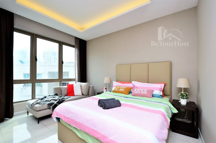 Luxury Large Suites Near KLCITY Netflix & CarPark
