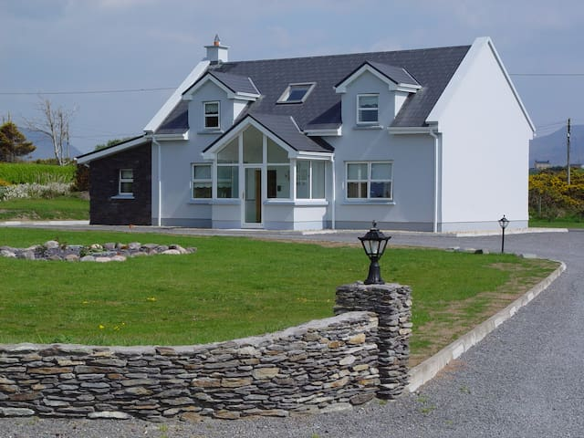 Murreigh House--your home in Ireland - Waterville - 獨棟