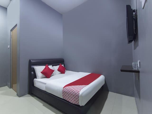 Hotel Iskandar- 1BR Standard Double! On Sale!