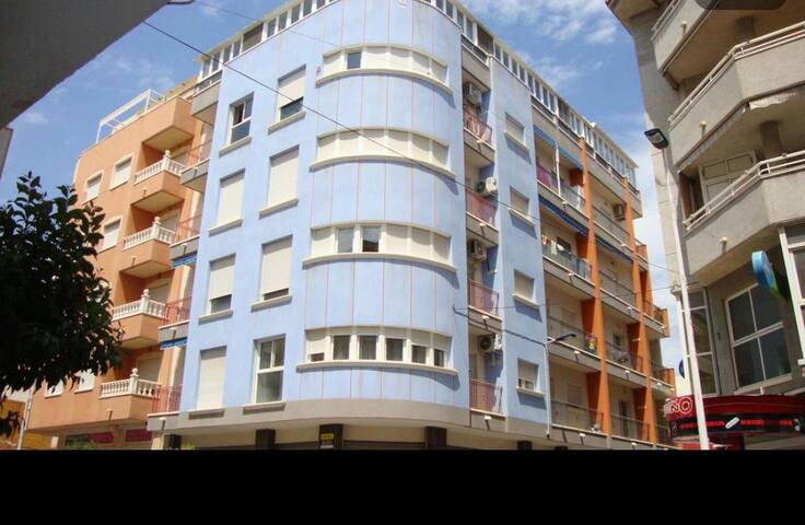 Apartamento en Torrevieja calle La Paz,21