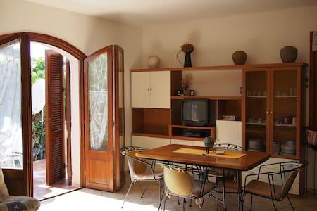 Apartamento bonito cerca de la playa - Castelsardo - Daire