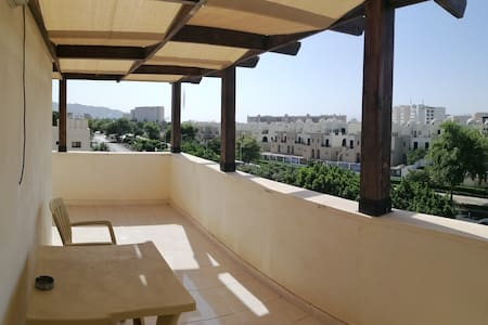 Aqaba Roof top 1 bedroom apt. Fantastic sea view