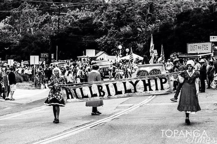 Topanga parade