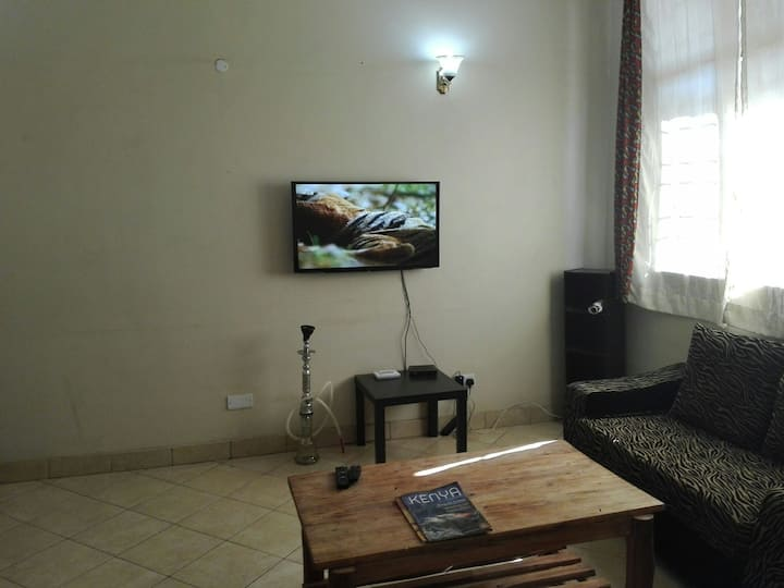 Situated in the city center,5min walk to bus stand