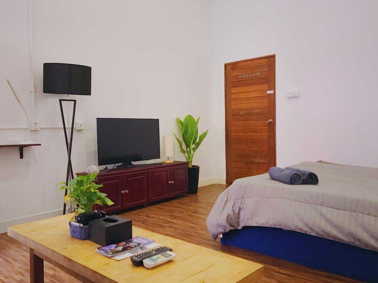 Spacious Clean Room