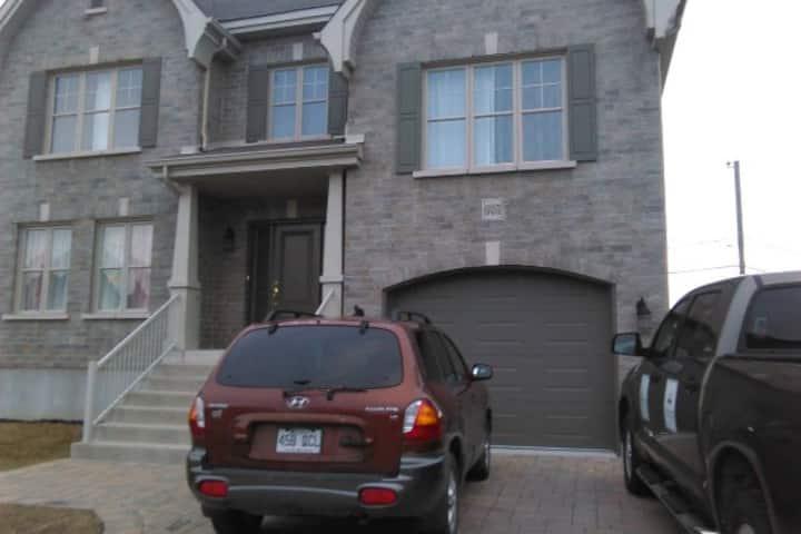 Belle grande résidence dans un nouveau quartier