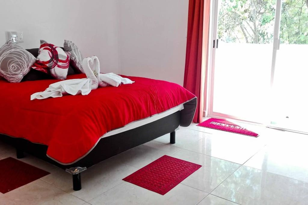 Large bedroom with a small terrace. It can be added two single beds if needed. Counts with cable TV and air conditioning.