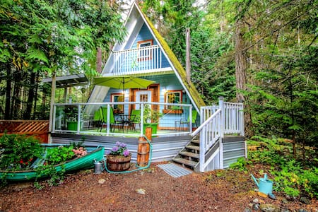 Featured on Airbnb Stones Throw Cottage Retreat