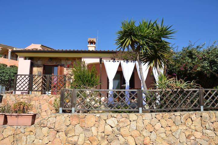 Vacances idéales en Sardaigne - Agrustos - Hus