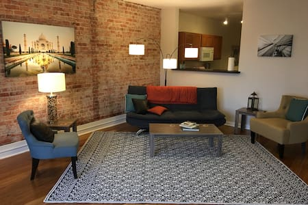 City center loft living - Spokane - Társasház