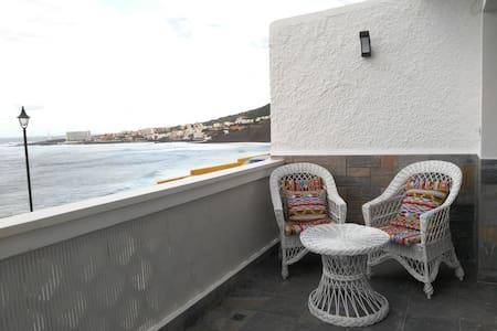 Apartment mit fantastischem Meerblick - Bajamar - Wohnung