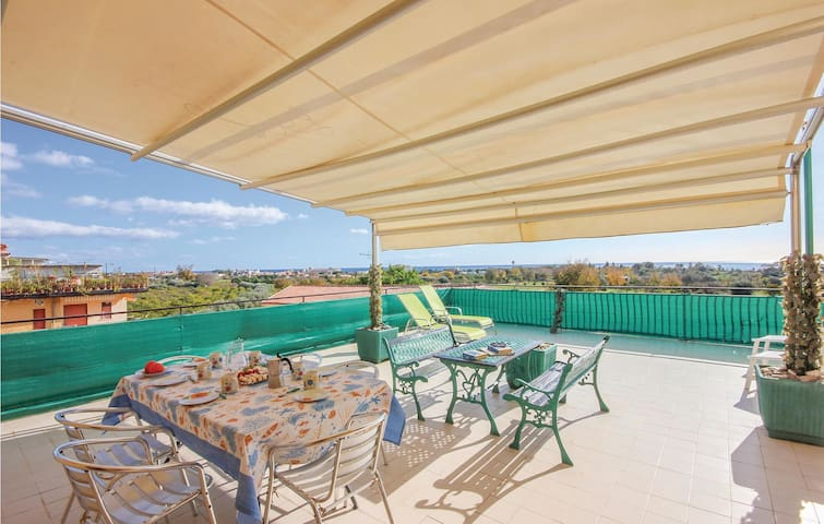 Holiday apartment with 2 bedrooms on 80m² in Giardini Naxos