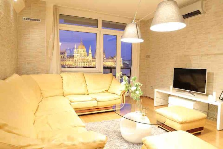 Parliament view, super luxury, 2 bed room