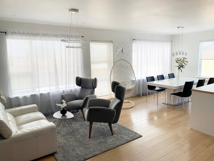 D&E Apartment. Great location for family or couple