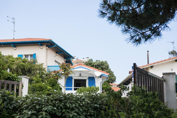 villa sea and surf