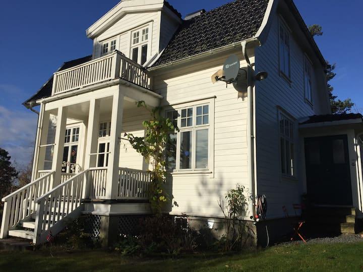 Sørlandsvilla mit grossem Garten