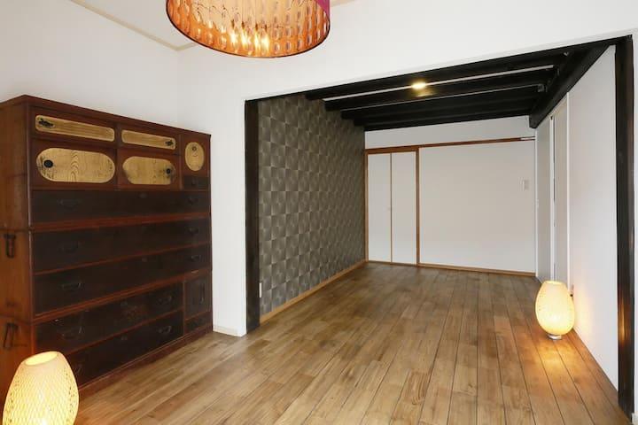 奈良ゲストハウス神奈寐 ツインルーム 共用バスルーム