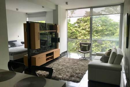 Apartaestudio tipo loft Ciudad Jardin - Cali (sur)