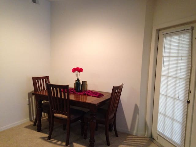 Quiet apartment near the beach! - Jacksonville - Apartamento