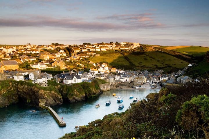 Luxury Apartment in Port Isaac Village