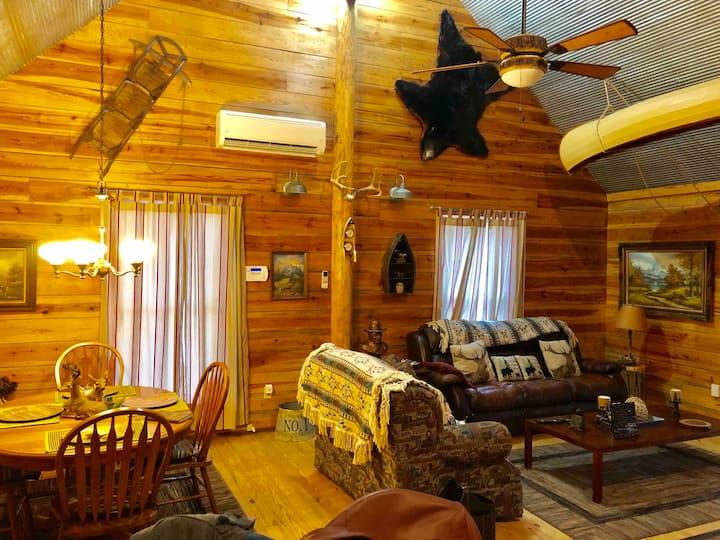 Collier luxury cabin On Collier creek