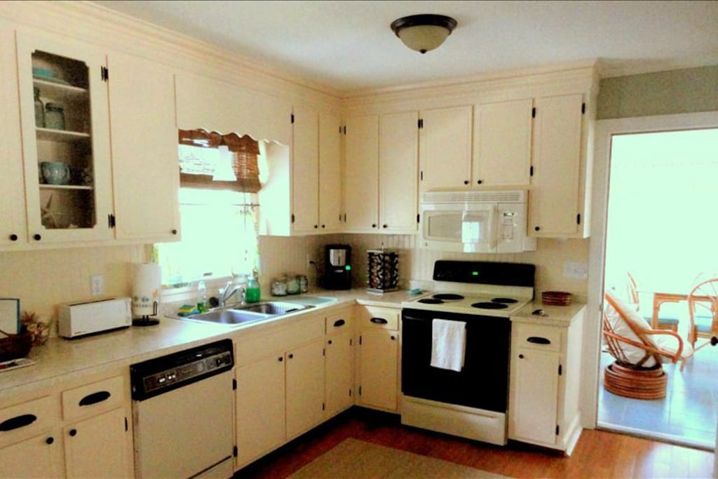 Our big, bright kitchen has all the amenities