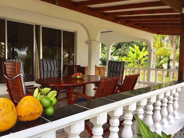 The Orchard Self-Catering Barbaron, Grand Anse - Mahé - Dom
