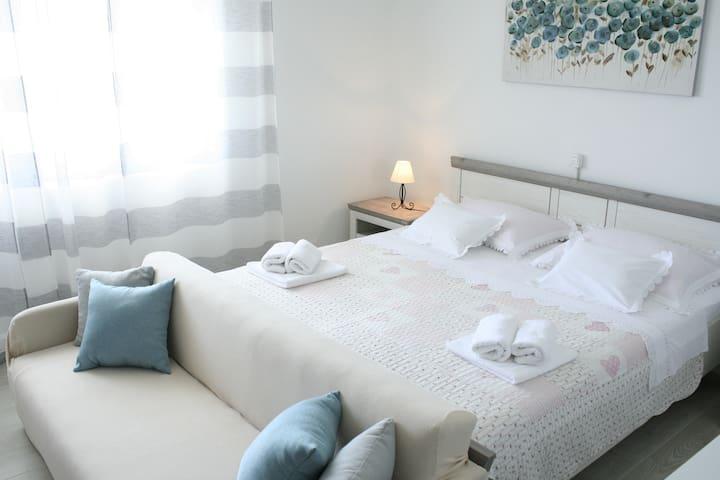 **** Apartment Near Trogir Old Town
