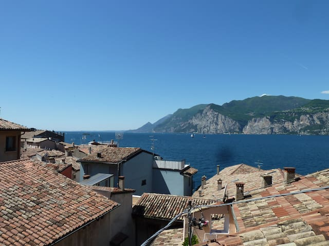 NEW Holiday apartment LUISA in Malcesine