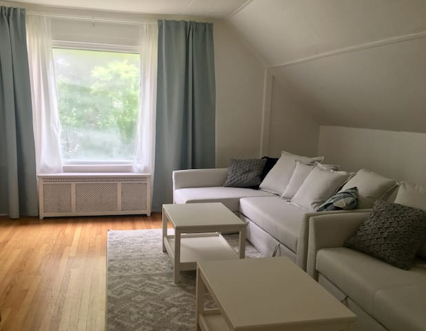 2 bedroom unit in Jefferson Park near ORD