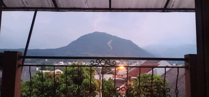 Villa Murah View Gunung Pancar Lokasi Sentul City