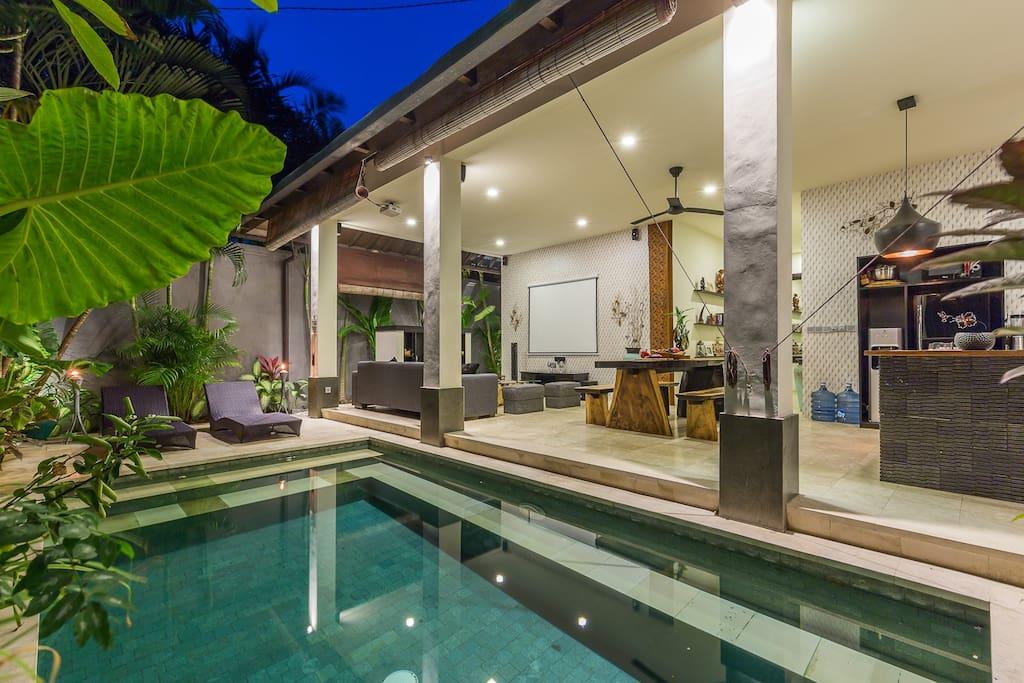 villa ryding aka 39 chef 39 s delight 39 villen zur miete in kuta bali indonesien. Black Bedroom Furniture Sets. Home Design Ideas