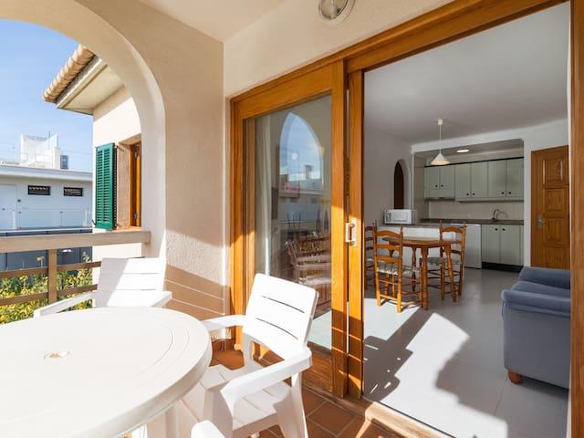 Apartment for 2 people & pool in Port de Pollença