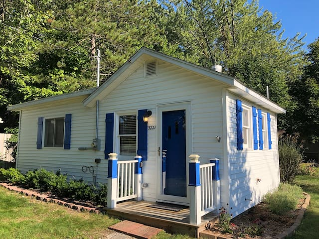 Blue Star Bungalow - Stay with us this summer!