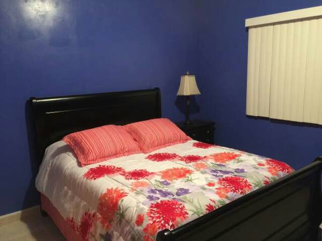 Private room with full house access - Lakewood - Hus