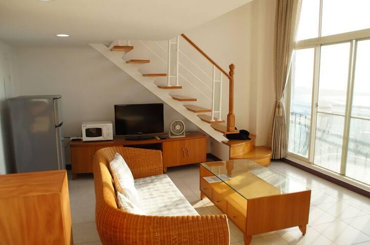 sea-view living room 海景客廳