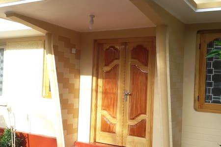 Comfortable Rooms in Jaffna Town - Jaffna