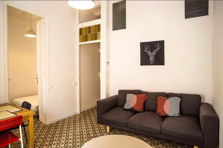 Cozy double room in the city center with breakfast