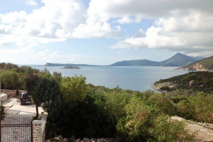 Studio in Zanjice with a balcony with sea views