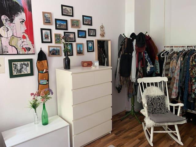 Dein Zimmer/ your room