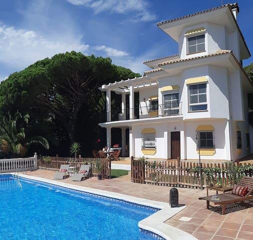 An Andalusian Villa  perfect for SUNSHINETOUR 2020
