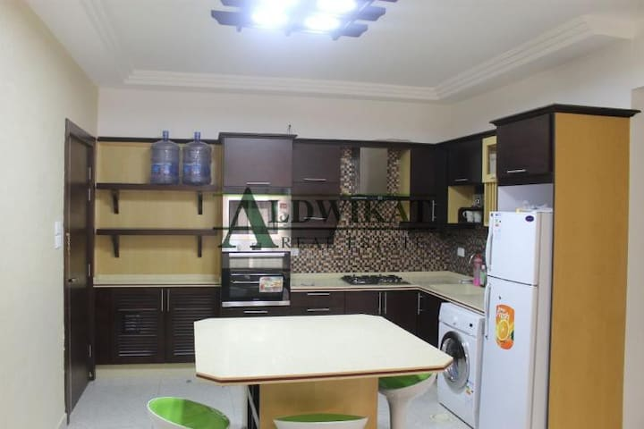 Deluxe 2-Bd Furnished Apartment 4 Rent in Abdoun