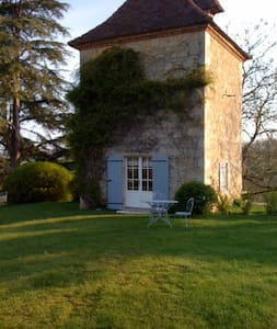 Pigeonnier du château de Lassalle - Laplume