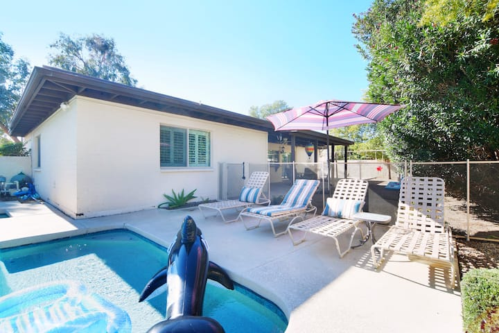 Phoenix Paradise- Soak in Sun & Private Pool!