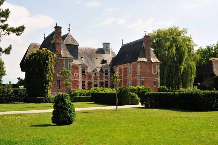 Propriété de charme dans un cadre d'exception - Tourgéville - Hrad